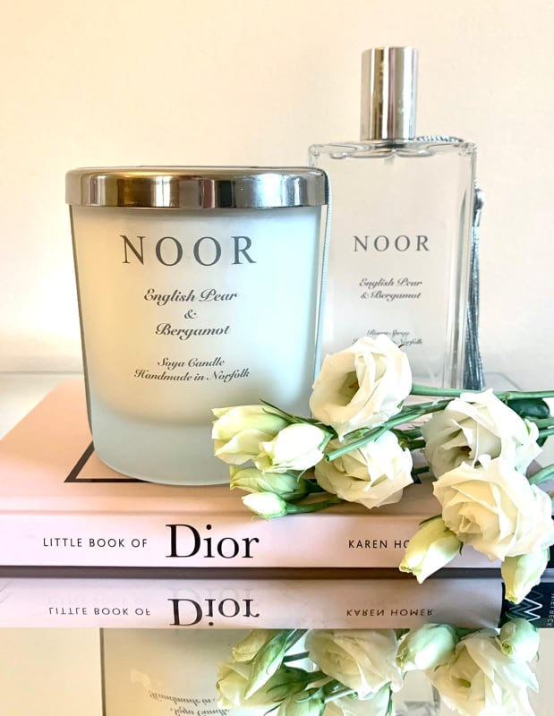 Luxury Candle in English Pear and Bergamot
